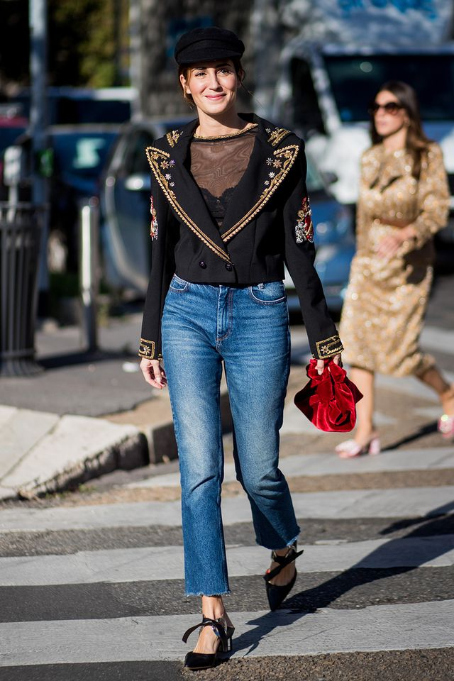 shirt style to wear with high-waisted jeans