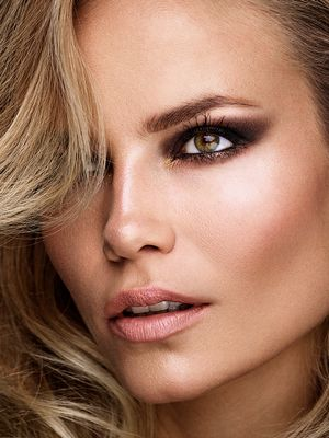 Exclusive: Supermodel Natasha Poly Demonstrates the Art of Holiday Makeup