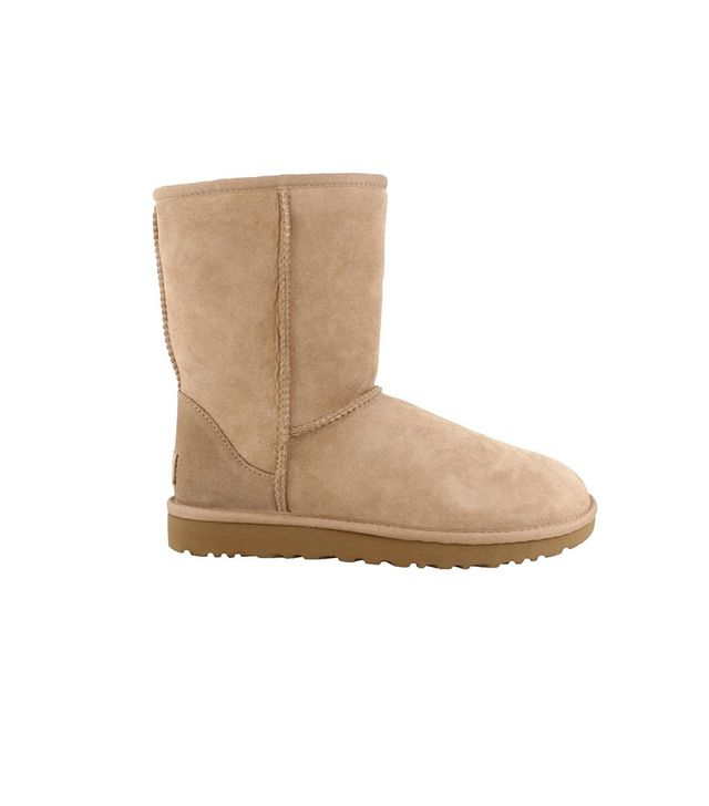 Ugg Classic Short II Boots in Fawn