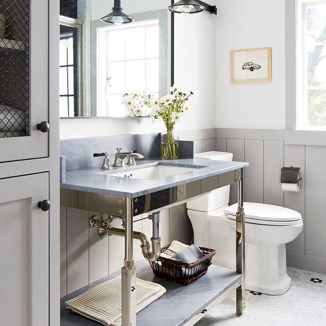 9 ways to make your bathroom look more expensive mydomaine for Best way to decorate a small bathroom