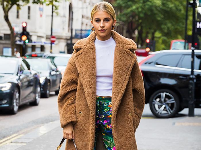 Caroline Daur Oversize Coat Street Style