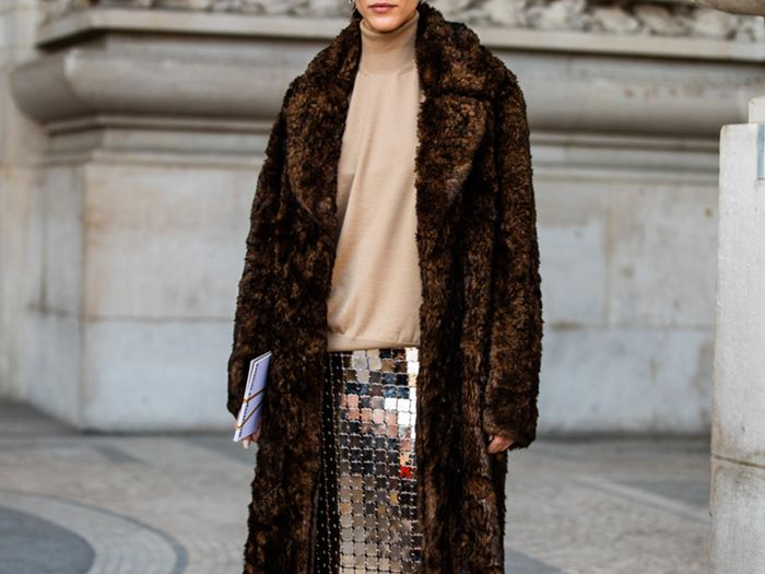 Chic Ways to Wear Your Sweater in Winter