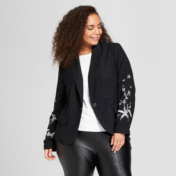 Plus Size Embroidered Blazer