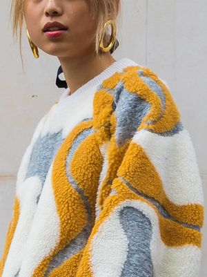 These Are the Cool Hoop Earrings You Need to Try Next