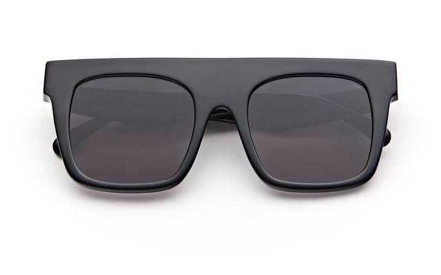 Vera Wang Eyewear Hesse Sunglasses