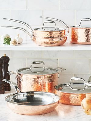 This 10-Piece Cookware Set Is Under $100 on Amazon—and It's So Good