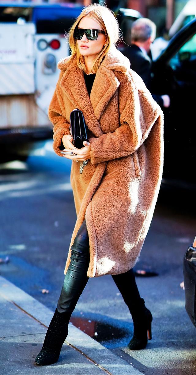 Rosie Huntington Whiteley Teddy bear coat: