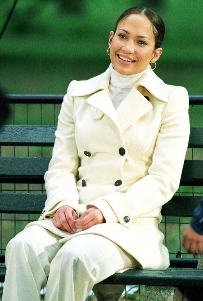 Jennifer Lopez Maid in Manhattan fashion: