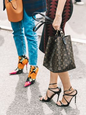 A Doctor Says This Is the Easiest Way to Break In Your Shoes