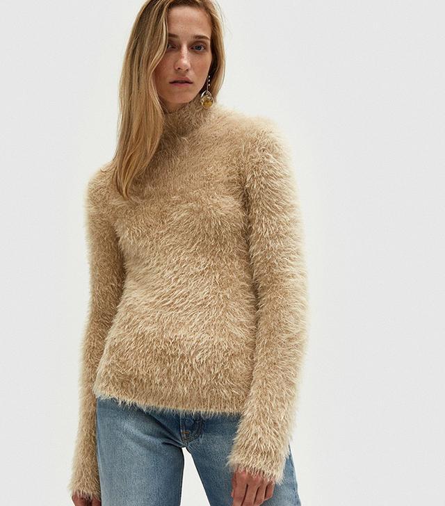 Turtleneck Sweater in Pearl