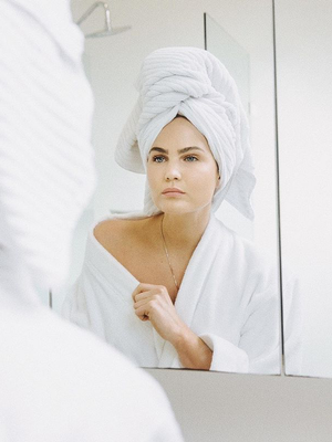 4 Acne Scar Treatments That Actually Work (According to Dermatologists)