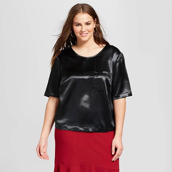 Plus Size Short Sleeve Silky Boxy T-shirt