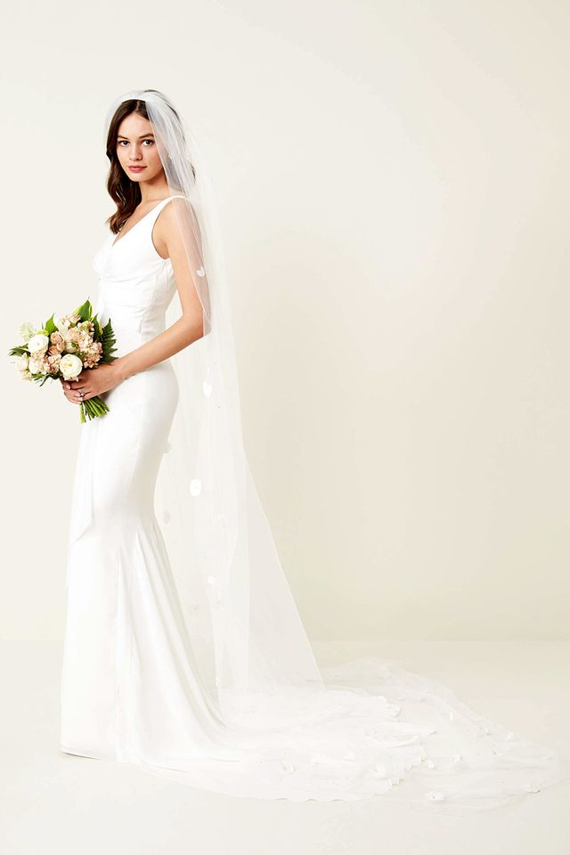 The wedding veil styles thatll be trending in 2018 whowhatwear uk according to brown were going to see a lot of 3d embellishments on junglespirit Image collections