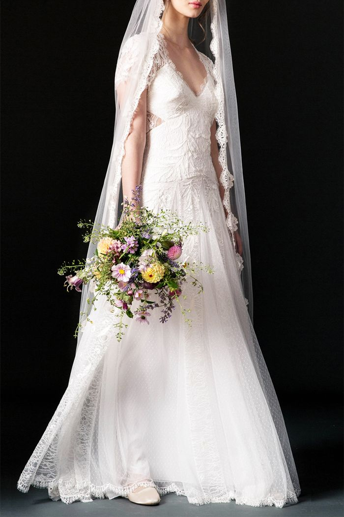 The wedding veil styles thatll be trending in 2018 who what wear pinterest junglespirit Image collections