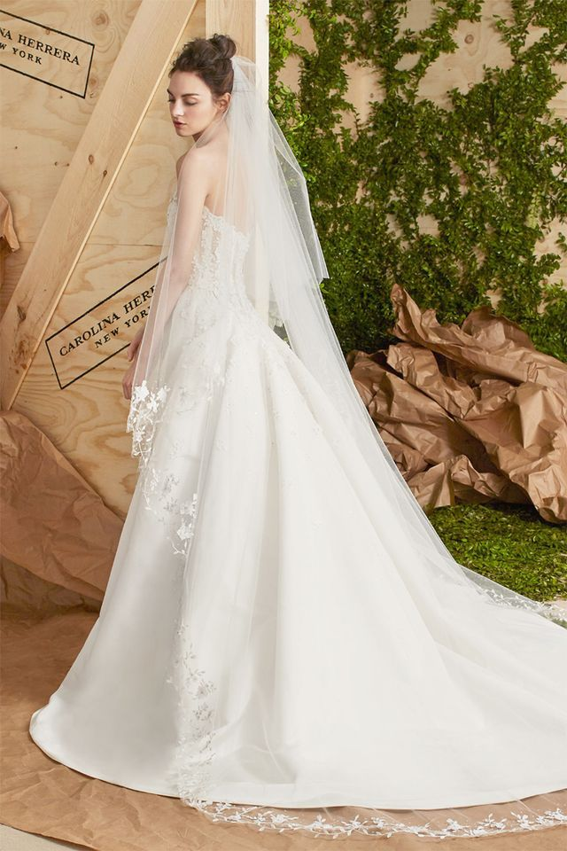 The wedding veil styles thatll be trending in 2018 whowhatwear uk gorgeously tiered this lightly embroidered tulle veil floats elegantly behind you junglespirit Image collections