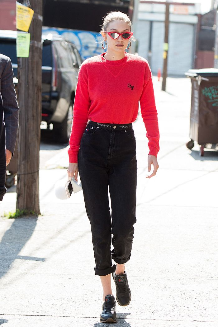 4 Shoe Trends Celebrities Wear With Mom Jeans Who What Wear