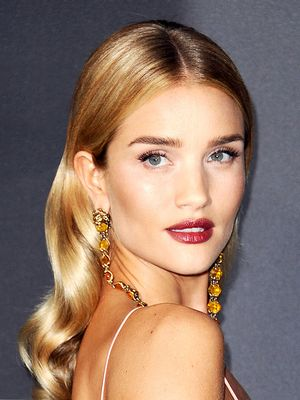 Stop Everything: Rosie HW's Colourist Just Told Us Her 6 Best Blonde Hair Tips