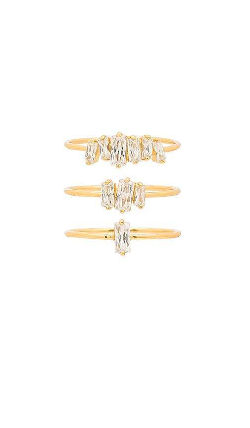 Amara Ring Set in Metallic Gold. - size 7 (also in 6)