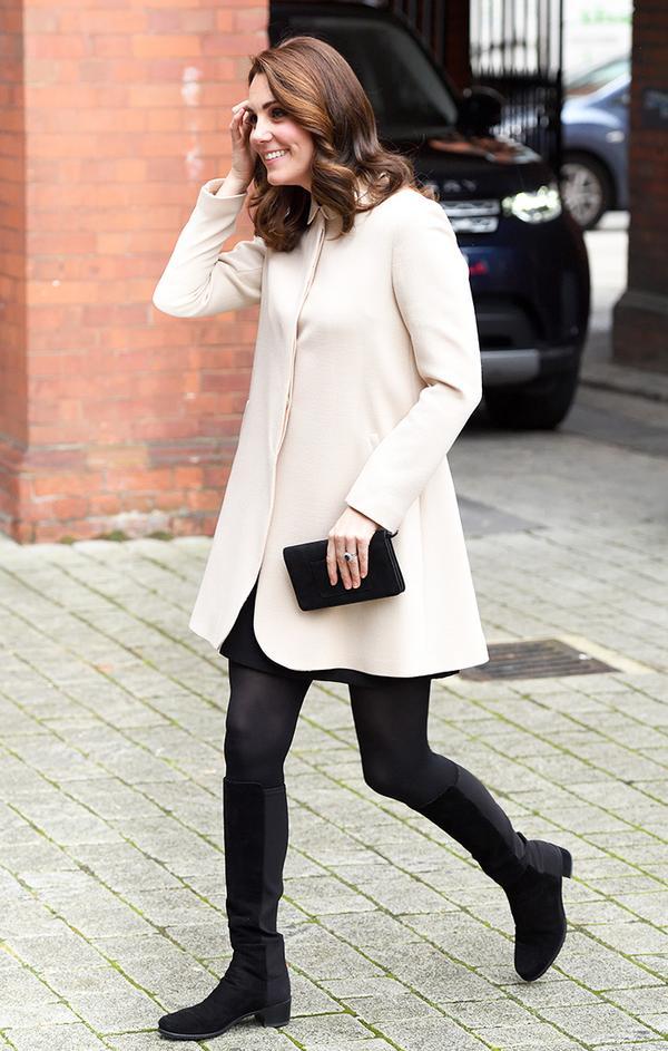 kate middleton white coat