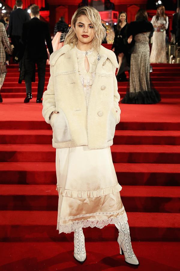 selena gomez white coat