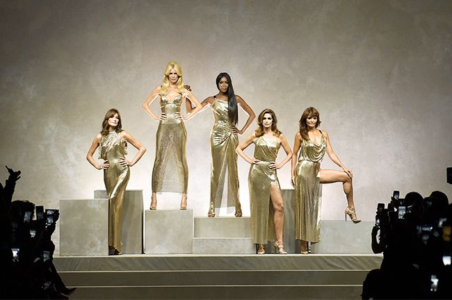 spring/summer 2018 fashion trends: Versace's original supermodels wearing chainmail dresses