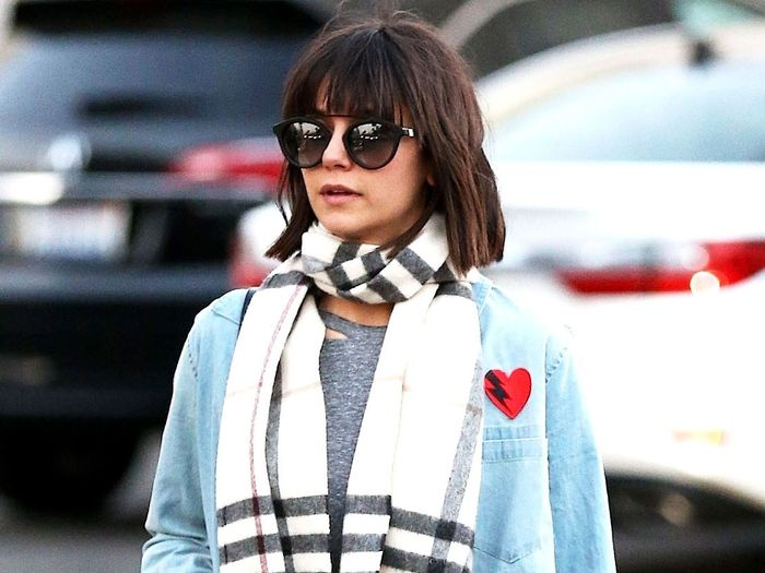Nina Dobrev Knows How to Style Jeggings for Last-Minute Shopping