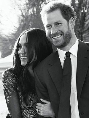 Meghan Markle Wore 3 Trends in Her Official Engagement Photos With Harry