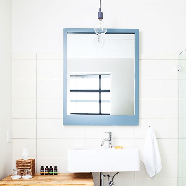 15 Large Bathroom Mirrors That Will Transform Your Morning Routine