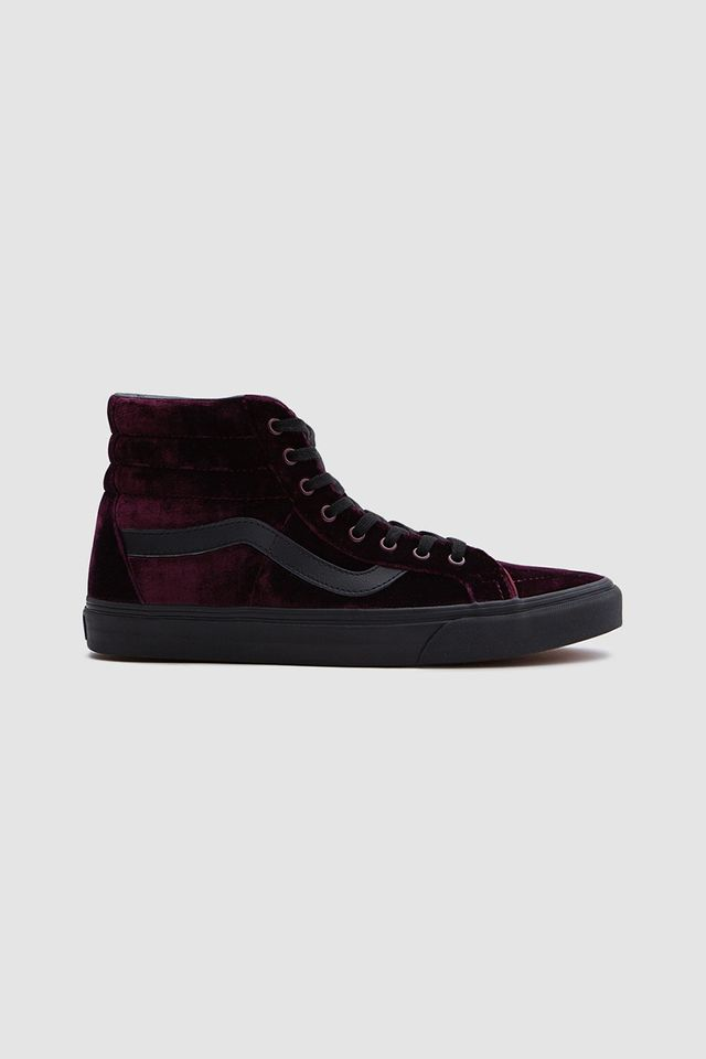 SK8-Hi Velvet Reissue in Red/Black