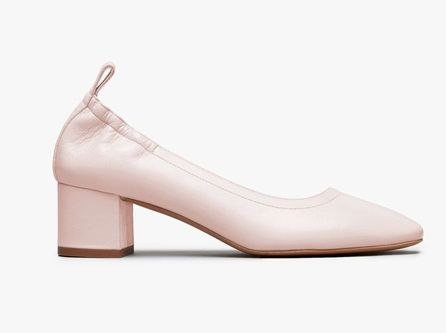 Women's Comfortable Pump by Everlane in Pale Rose, Size 6