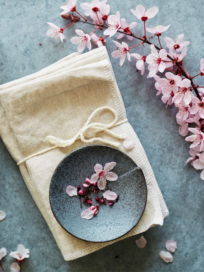 wabi-sabi: Rustic bowl and cherry blossom