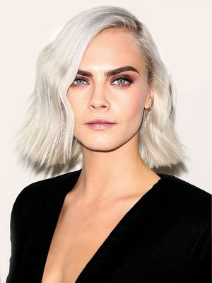 15 Celebs Who Prove Platinum Blonde Hairstyles Are Universally Flattering