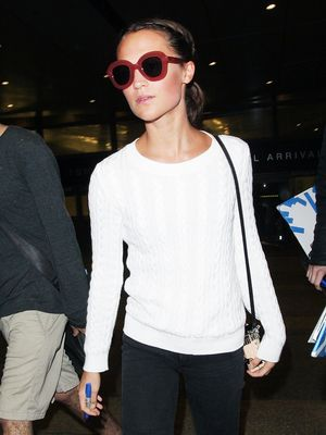 Alicia Vikander Has Nailed Perfectly Pared-Down Airport Style
