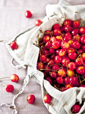 21 Winter Fruits to Grow (or Buy) in Every Climate