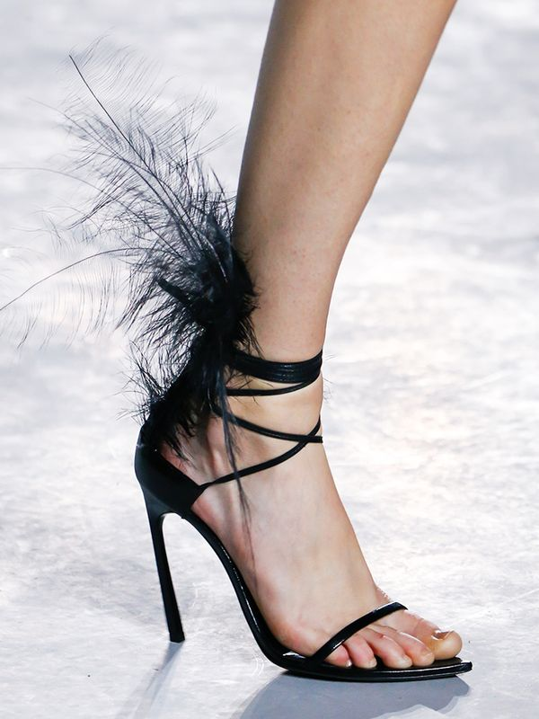 shoe-trends-2018-246371-1515673691058-image.600x0c.jpg (600×800)