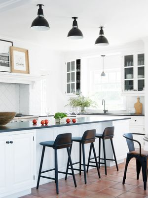 13 Gorgeous Contemporary Kitchens That'll Stop You in Your Tracks
