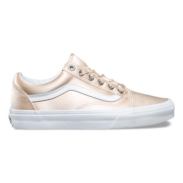 Vans Satin Lux Old School Sneakers in Blush/True White