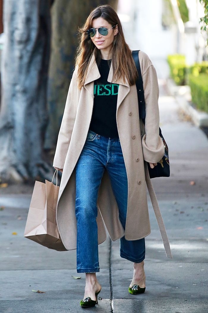 Jessica Biel jeans and heels