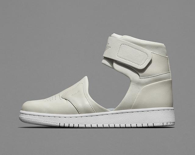Nike Air Jordan 1 Lover  XX