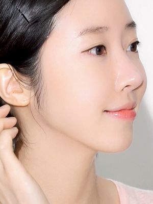 """Forget Glass Skin—""""Cloudless Skin"""" Is the Latest Korean Skincare Trend"""