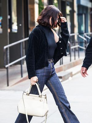 Celebrities Always Wear These Flats With Jeans