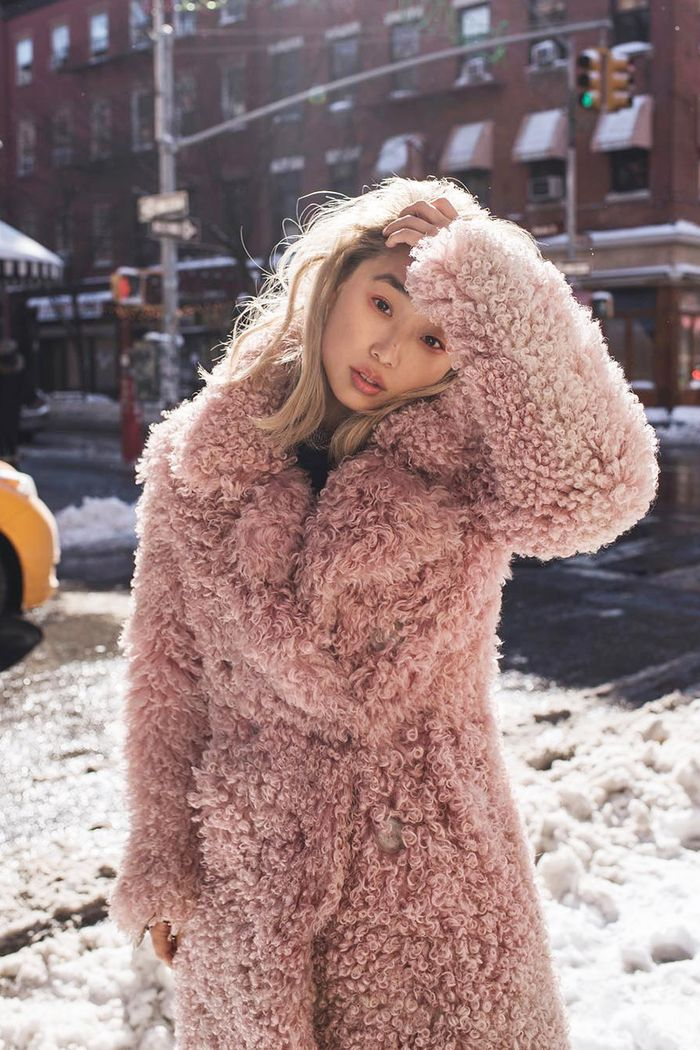 Cute Winter Outfits to Wear in the Snow | Who What Wear