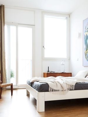 15 Modern Bedrooms We Want to Be Transported to Right Now