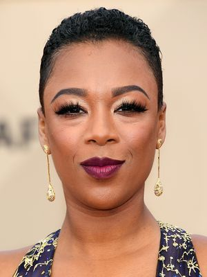 Bold Lips Ruled The Red Carpet At This Year's SAG Awards