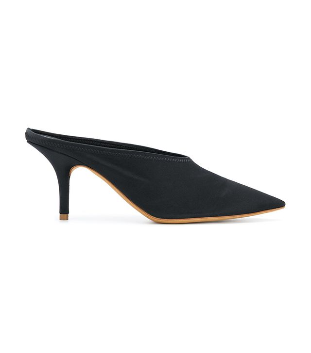 ]Pointed Toe Pumps