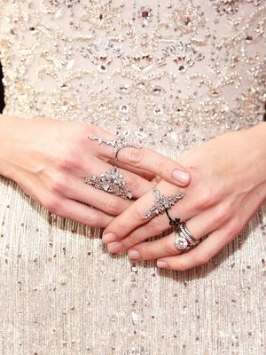 "This Engagement Ring Style Is ""Overwhelmingly"" Popular Right Now"