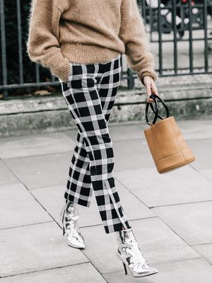This Is How Chic Girls Are Wearing Cropped Trousers With Ankle Boots