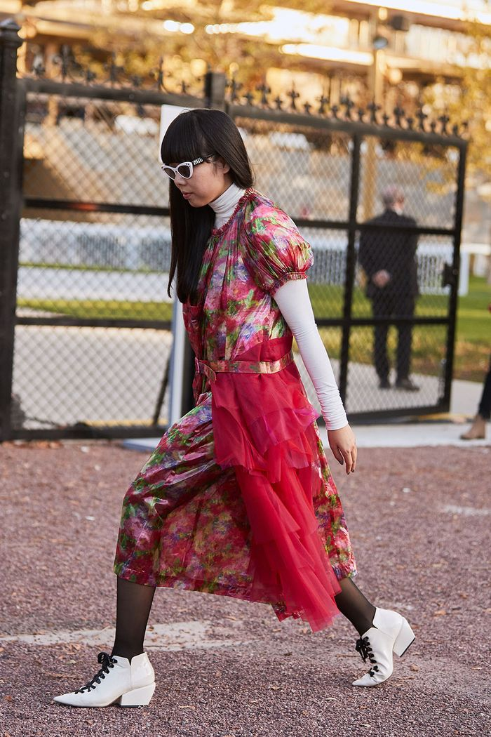Best Dresses to Wear With Tights: Susie Bubble wearing a floral dress with sheer tights