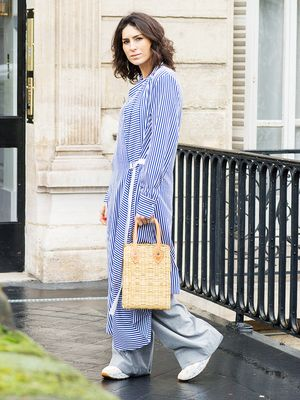 "3 Chic Ways French Women Do the ""Ugly"" Sneaker Trend"