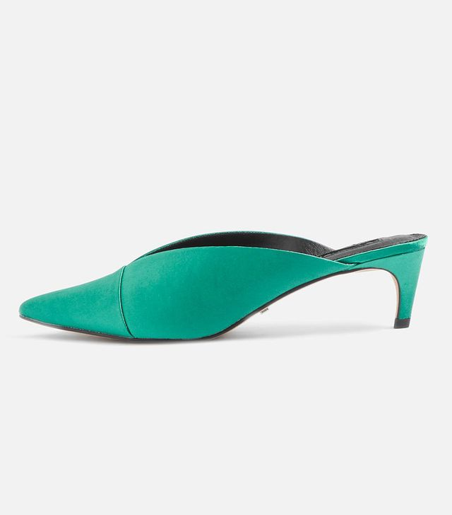 Juliette V Cut Mules